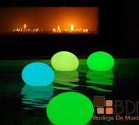 Decoración flotante con led