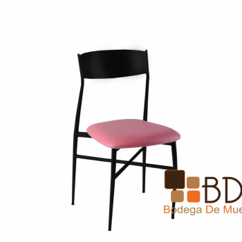 Silla Banquetera en Color Negro Food Stage