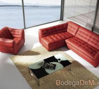 sala esquinera con sillon individual de piel color rojo