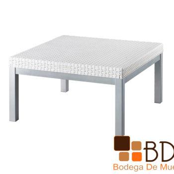 Mesa de centro para exterior color blanco en rattan y acero